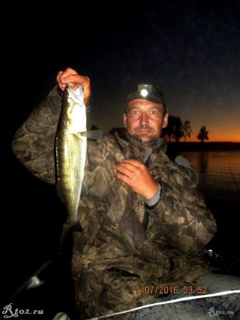 Ловля рыбы с лодки на десногорском водохранилище