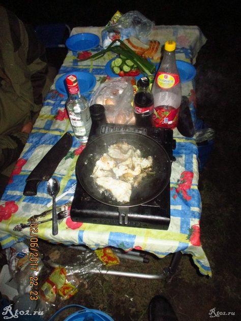 вечерний стол, жаренный судак