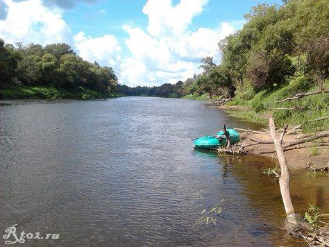 Река Днепр. Лодка