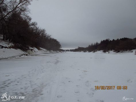 Замершая река Днепр 1