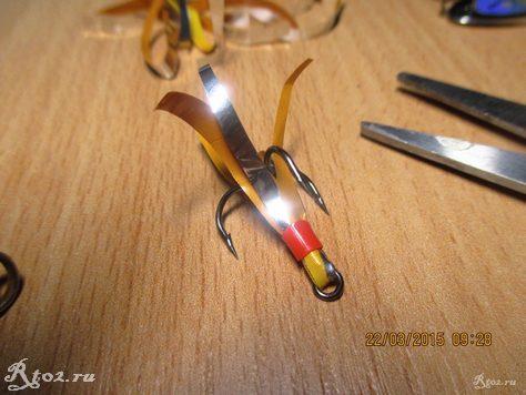 изготовление мушки на тройник блесны 12