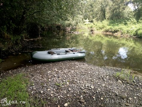 лодка на реке 43535