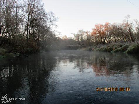 Морозное утро на реке