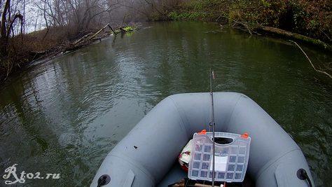малая река 32