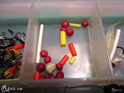 готовые шарики пластилина в коробке