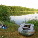 Ловля хищника спиннингом на новом заболоченном озере в жару