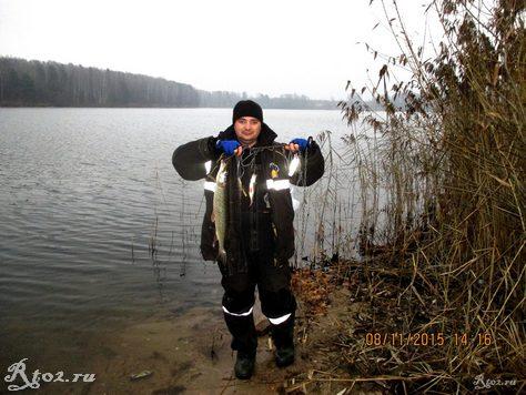 я с уловом рыбы на десногоском водохралинище