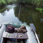 Ловля хищника спиннингом на небольшой реке сплавом в сентябре 2018