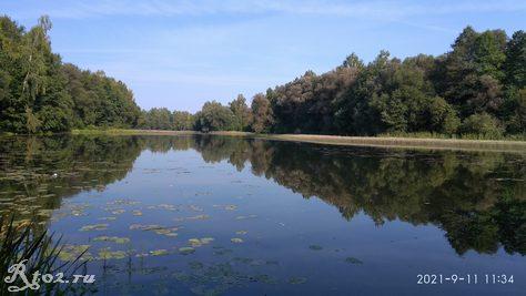 Озеро в сентябре 2021 года